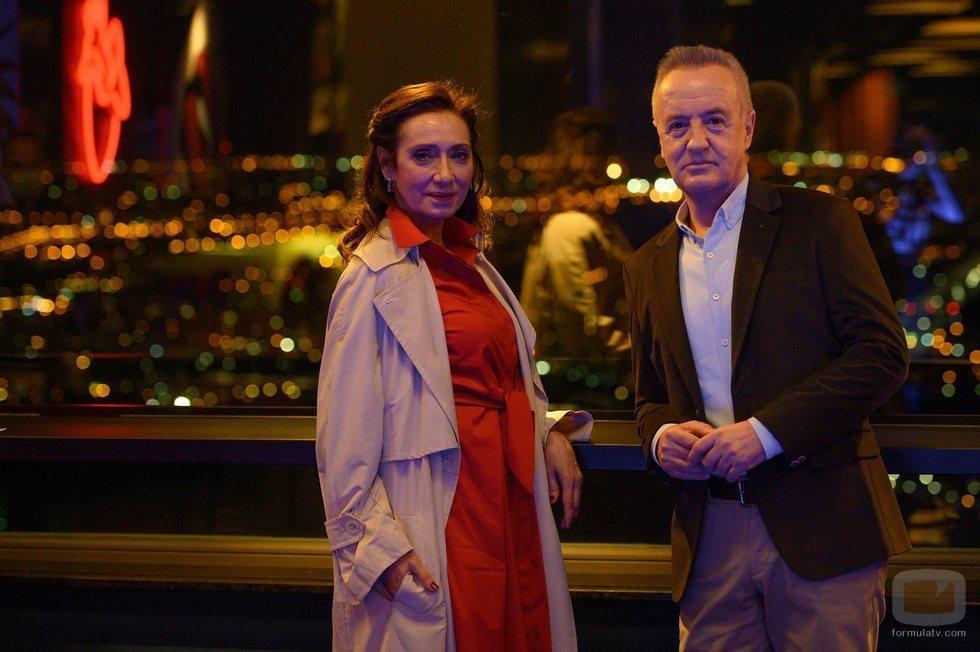 Rosana Pastor y Carlos Hipólito en la temporada 21 de 'Cuéntame'