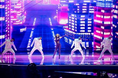 Stefania, representante de Grecia, en la final de Eurovisión 2021