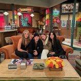 Jennifer Aniston, Justin Bieber, Hailey Bieber y Courteney Cox en 'Friends: The Reunion'