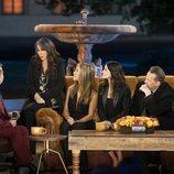 James Corden con los protagonistas de 'Friends: The Reunion'