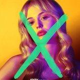Emily Alyn Lind en el cartel del reboot de 'Gossip Girl'