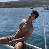 Manu Ríos ('Élite 4') luce su torso al desnudo