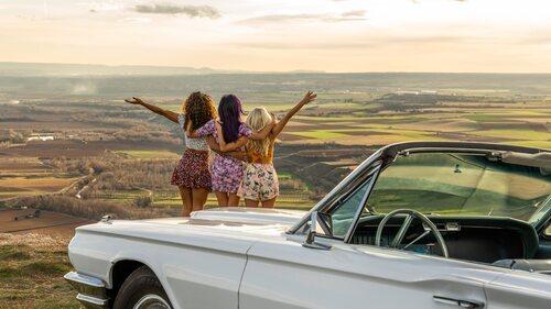 Gina, Coral y Wendy, unidas en la segunda temporada de 'Sky Rojo'