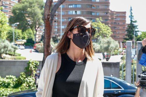 Alba Santana, en el tanatorio por la muerte de Mila Ximénez