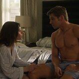 Mike Vogel y Sarah Shahi en 'Sexo/Vida'