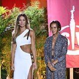 Lara Álvarez junto a Olga Moreno en la final de 'Supervivientes 2021'