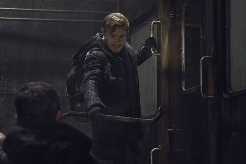 Callan McAuliffe como Alden en la temporada 11 de 'The Walking Dead'