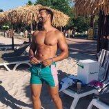 Jorge González posa en bañador