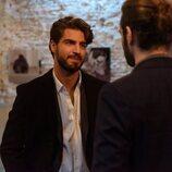 Maxi Iglesias es Víctor en la segunda temporada de 'Valeria'