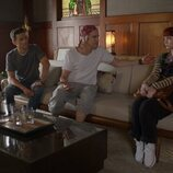 Michael, Troy y Scarlett en 'American Horror Stories'