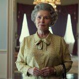 Imelda Staunton es Isabel II en la quinta temporada de 'The Crown'