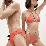 Joshua Velázquez y Ámbar Carrasco posan en bañador
