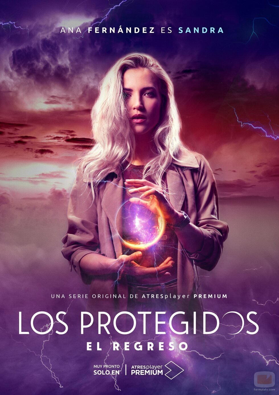 Póster de Sandra (Ana Fernández), en 'Los protegidos: El regreso'