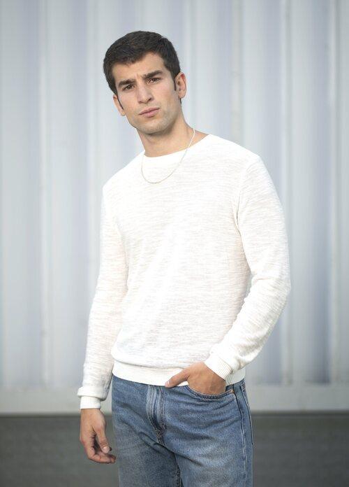Carlos Alcaide es Ignacio en 'La edad de la ira'