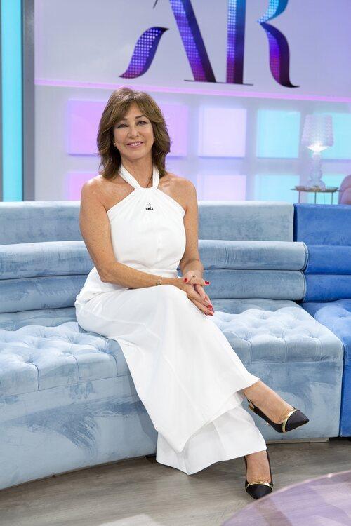 Ana Rosa Quintana en plató de la temporada 18 de 'El programa de Ana Rosa'