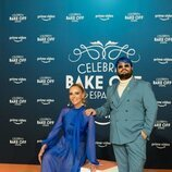 Paula Vázquez y Brays Efe, presentadores de 'Celebrity Bake Off España'