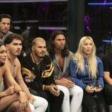 Los concursantes de 'Secret Story', atentos en la Gala 1