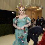 Nikkie de Jager y su florido vestuario, en la Gala MET 2021