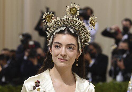Lorde, coronada en la Gala MET 2021