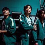Park Hae-soo, Lee Jung-jae y Jung Ho-yeon en 'El juego del calamar'
