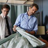 Hugh Laurie y Robert Sean Leonard en 'Adiestramiento'