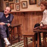 Jesús Bonilla y Julia Gutiérrez Caba en 'Los serrano'