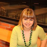 Irene Sánchez posa en una foto de la tercera temporada de 'Física o Química'
