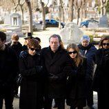 Rosa Ballester y su familia en el funeral de su hija Marina en 'Acusados'