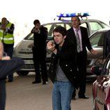 La policía apunta a Álex de la Torre en 'Acusados'