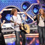 Pablo Motos, Billy Ray Cyrus y Miley Cirus en el escenario