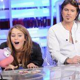 Miley Cyrus y Billy Ray Cyrus con Barrancas