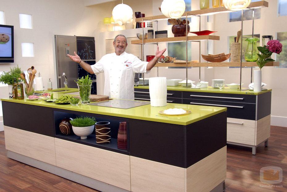 Karlos argui ano en la cocina de telecinco fotos formulatv - Television en la cocina ...