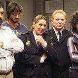 Lucas, Paco, Quique, Curtis y Rita en 'Los hombres de Paco'