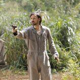 Jeremy Davies en 'Lost' vestido de Dharma en 'Perdidos'