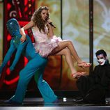 Kejsi Tola, de Albania, en la final de Eurovisión 2009