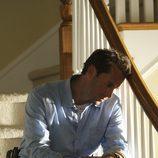 Joseph Fiennes es Mark Benford en 'Flash Forward'