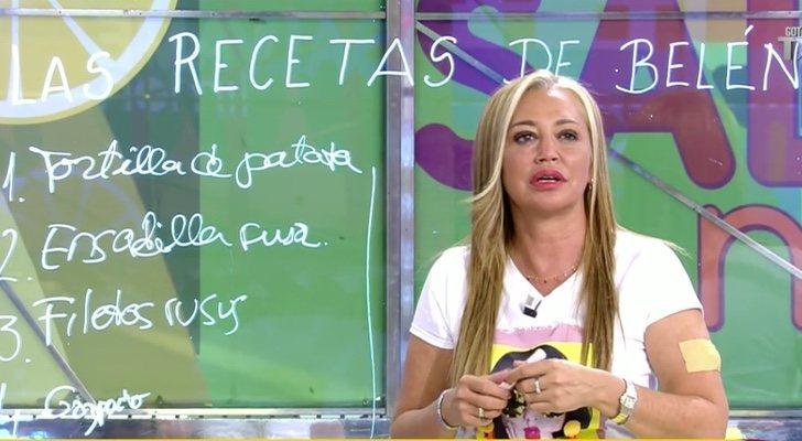 Belén Esteban fait la promotion de son livre dans 'Sálvame'