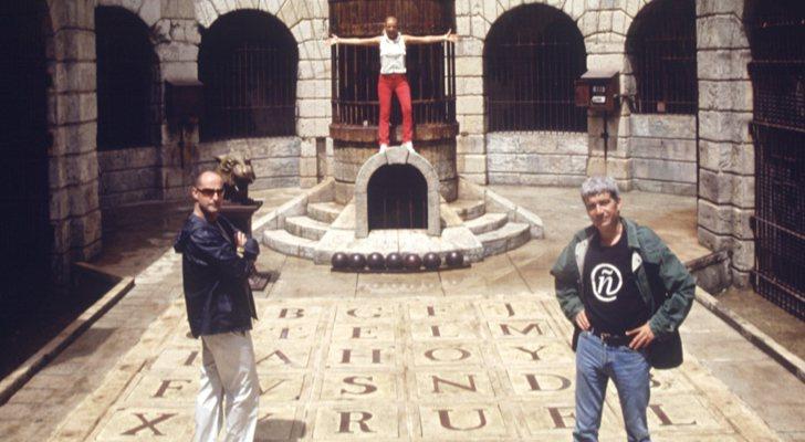Félix Álvarez, Paula Vázquez et Óscar Ladoire dans la forteresse de «Fort Boyard»