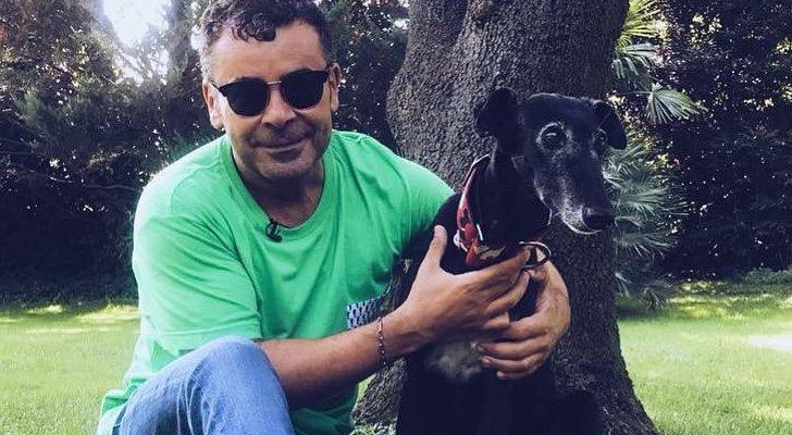 Jorge Javier Vázquez avec son chien Lima