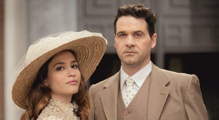 Carlos de Austria et Astrid Janer, dans 'Acacias 38'