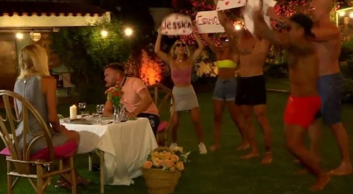Boycott de Yola Berrocal et dîner de Cristian Suescun dans 'La casa fuerte'