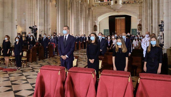 Les rois Felipe VI et Letizia, à la messe célébrée dans la cathédrale de La Almudena