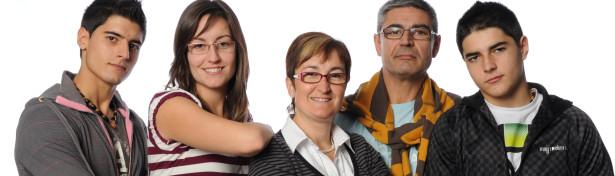 """Estas son las tres familias de """"Perdidos en la tribu 2010"""" 2"""