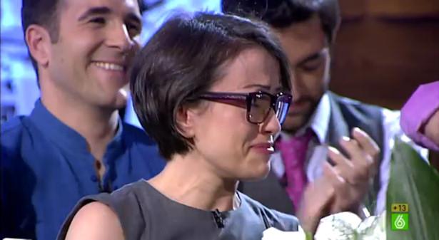 Thais Villas, emocionada en la despedida de Beatriz Montañez de 'El intermedio'