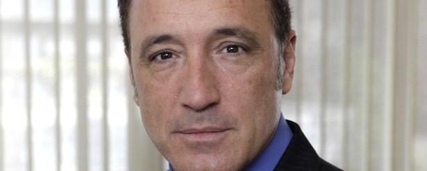 Roberto Álvarez será Julio Iglesias en TVE