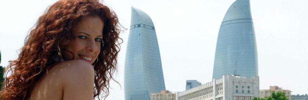 Pastora Soler combina ensayos y turismo en Bakú antes de la final de Eurovisión 2012.