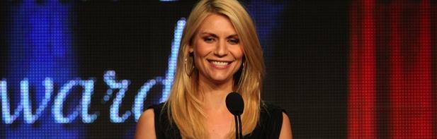 Claire Danes recibiendo su TCA Award 2012 por 'Homeland'