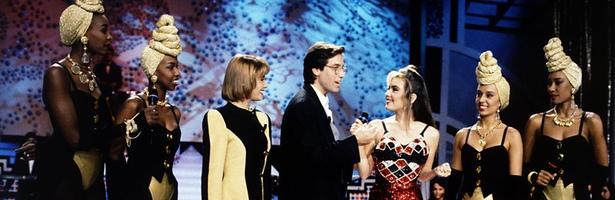 Belén Rueda, Emilio Aragón y Thalía junto a las Cacao Maravillao