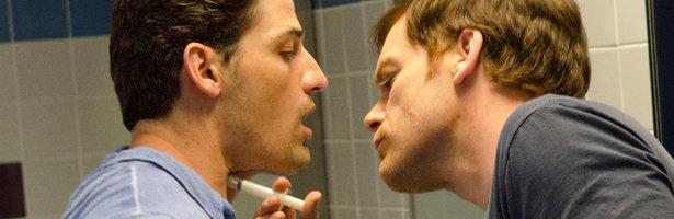 Dexter ataca a una de sus víctimas