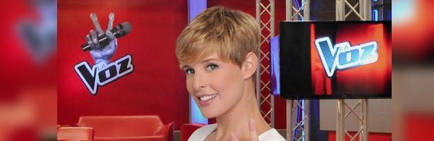 Tania Llasera, presentadora de 'La Voz: la hora de los elegidos'